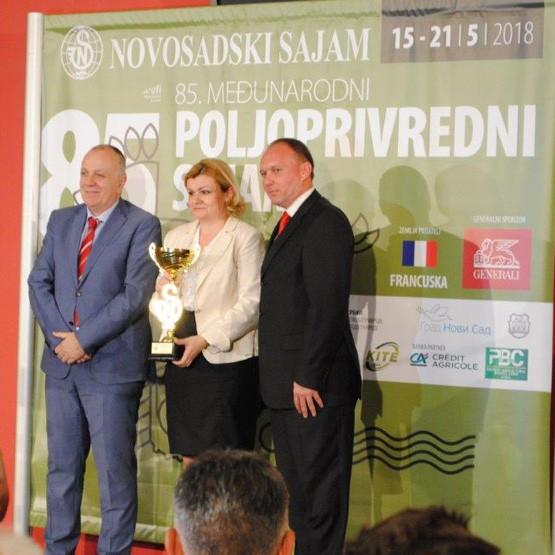 Carnex osvojio Veliki šampionski pehar za vrhunski kvalitet na poljoprivrednom sajmu u Novom Sadu